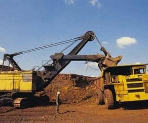 SESA GOA   Gained 1.53% to close at Rs 185.65 Reason: Although the numbers were weaker than expectations, a higher-than-expected iron ore realization was primary reason for stock being well received **Average iron ore realization was at Rs 5,094 per tonne, year on year primarily due to rupee depreciation **Topline was lower on account of lower sales volumes due to the logistic problems in Goa, mining ban in Karnataka and lapse of mining lease in Orissa - Sales fell 21% at 5.2 mt versus 6.6mt