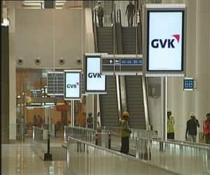 37 travelators, 48 escalators and 72 elevators aid those who fret over rushing to take connecting flights. T2 in fact has India's tallest airport escalator that stands at 11.6 m