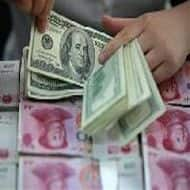 Investors pull out $41 bln from EM funds in Jan-Mar