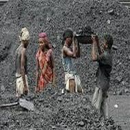 Coal India unlikely to meet its output target for FY'14