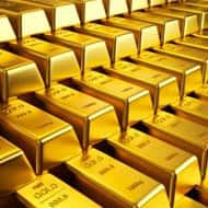 A year-end bounce for gold?