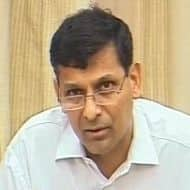 Rajan meets FM ahead of second quarter policy review