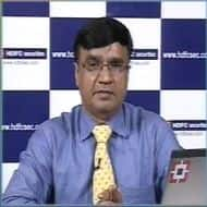 Long Bank Nifty above 11800; positive on Infosys: HDFC Sec