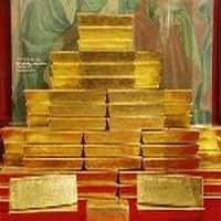 Gold inches up as Ukraine tensions stoke safe-haven buying
