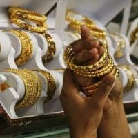 Gold demand in Asia picks up due to lower prices