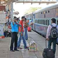 Rlys to develop satellite terminals to decongest stations