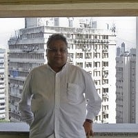 Jhunjhunwala made Rs 35 lakh every hour last year