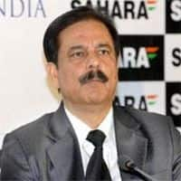 Delhi HC stays warrant against Subrata Roy in IT case