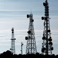 TRAI recommends sharing of all telecom spectrum