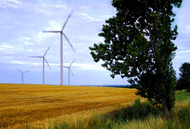 Canada's Brookfield Asset Mgmt eyes Continuum's wind energy biz