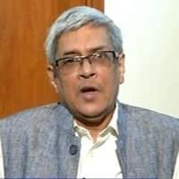 India unlikely to see many new cities, says Bibek Debroy