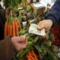 Food prices drive March CPI lower to 5.17%
