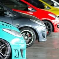 Car sales hit speed bump in Jan, snap 14-month rising streak