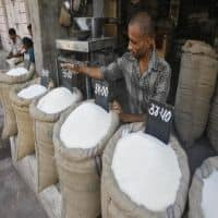 Sugar output to decline to 26 mn tons in 2015-16