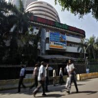 Nifty holds 8200 amid consolidation; RIL & ONGC jump, Maruti up