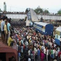 30 dead in derailed Kamayani, Janata Express, rescuing on