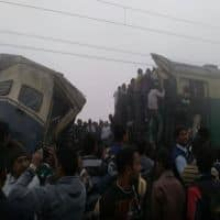 6 killed, 150 injured in train collision in Pakistan
