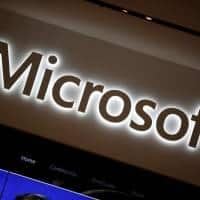 Microsoft retreats in smartphone battle, 1,850 jobs could go