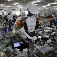 Japan August manufacturing output rises for first time in 6 mths