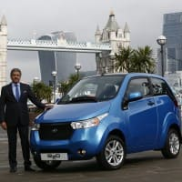Manufacturing hybrids/EVs in India will reduce their price: Govt