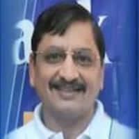 Won't need much capex to meet increased 3 lakh CV target: Bajaj