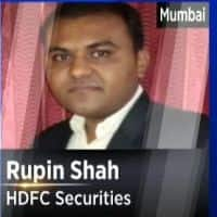 Warrant issue, Brent crude key for SpiceJet:HDFC Securities