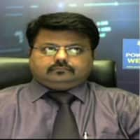 Here are Sandeep Wagle and Ashwani Gujrals top trading picks