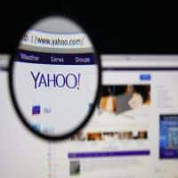 Yahoo takes hit with loss of AT&T contract