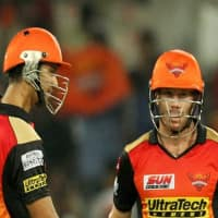Ice-cool Bhuvneshwar guides Sunrisers to five-run win
