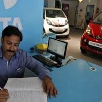 Tata Motors to raise up to Rs 500 crore via NCDs