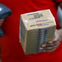 Snapdeal investor Softbank draws up plan to merge struggling e-tailer with Flipkart