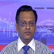 Nifty may slide to 5600; see pressure on gold: Sushil Kedia