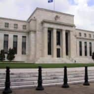 Fed in no rush to cut bond buys, top policymakers say