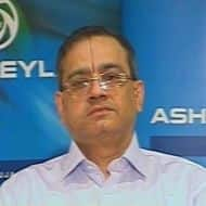 Ashok Leyland eyes better margins in FY12 despite rate hike