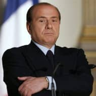 Italy's Berlusconi calls for broad government or early vote