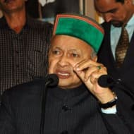 Virbhadra Singh quits Cabinet after corruption charge